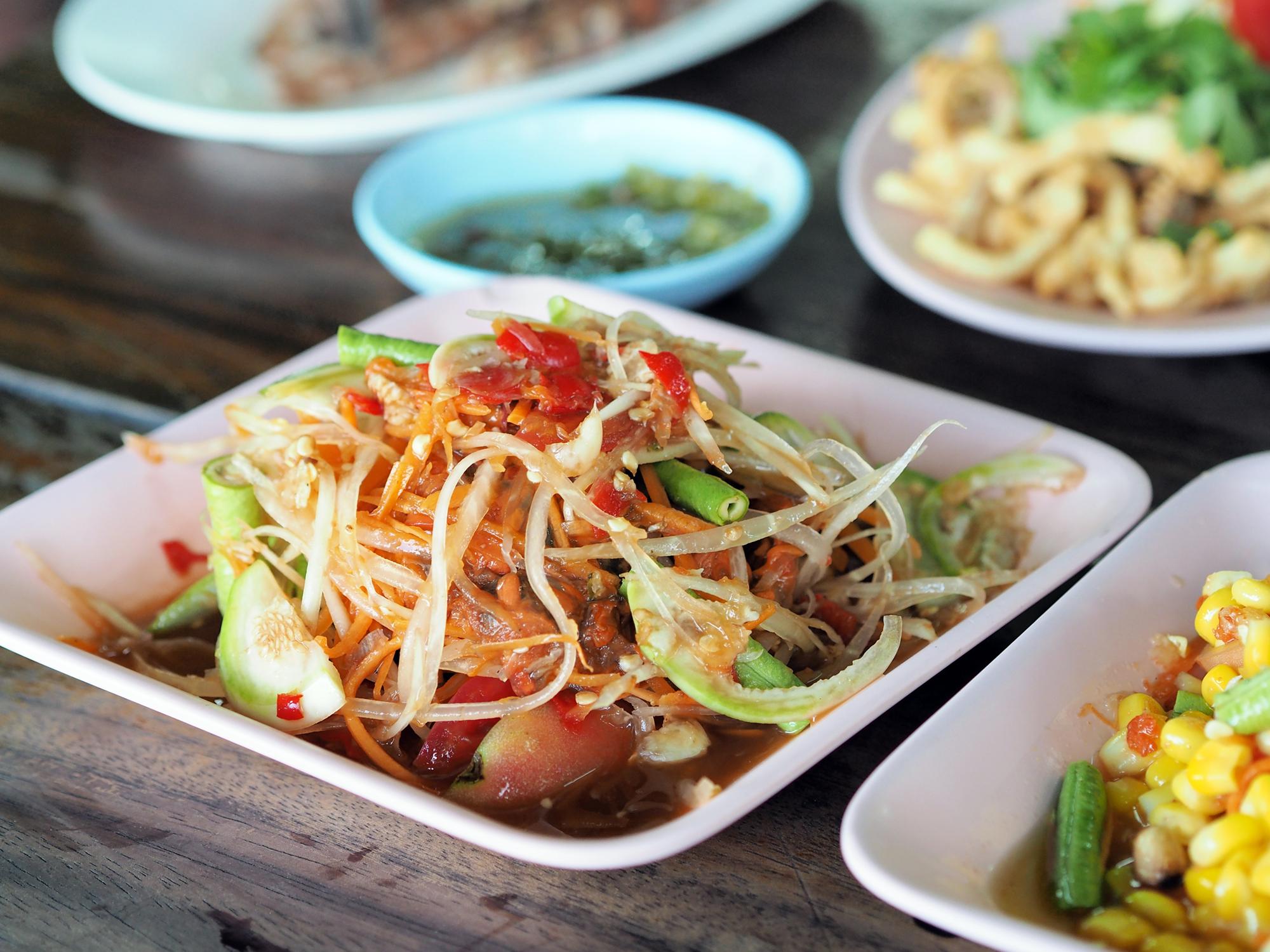 Som Tam (Papayasalat) eine der Lieblingsgerichte der Thais
